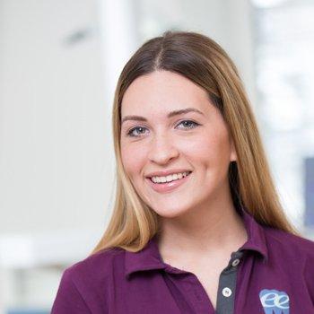 Diplomierte zahnärztliche Helferin Dejana Antonic